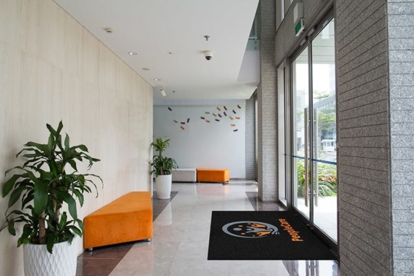 Classic Impressions HD in Place Lobby Orange Website